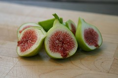 Figs (posted @ Flickr by unertlkm)