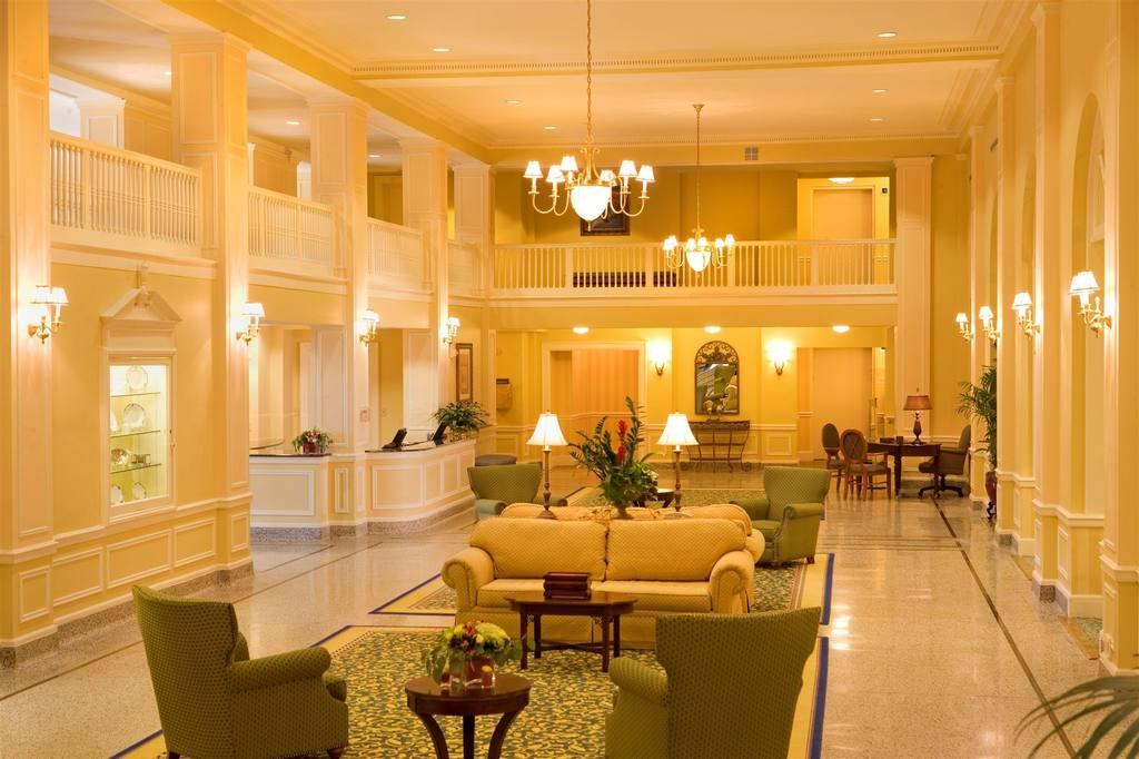 Stonewall Jackson lobby