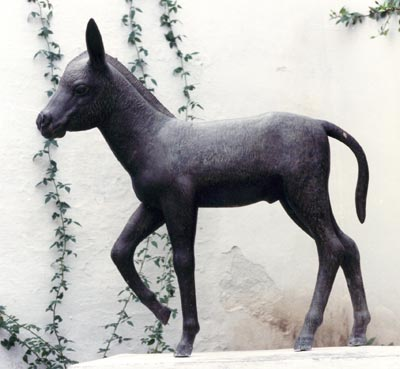 Picture of a donkey statue