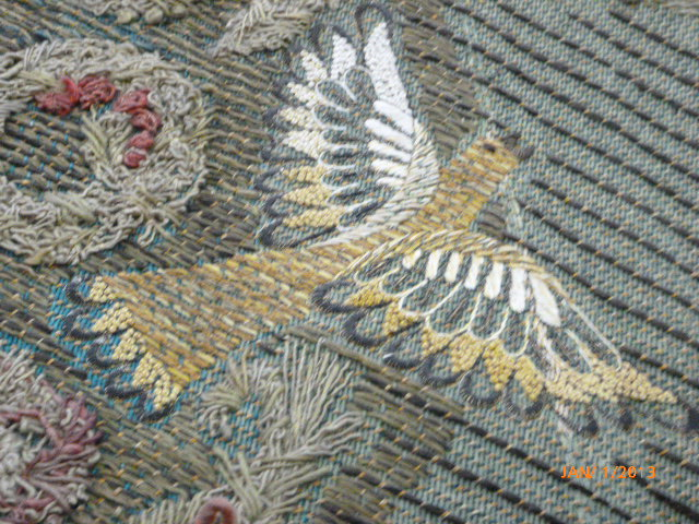 Close-up: Tapestry bird