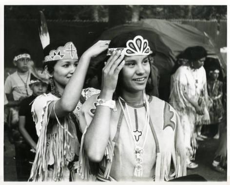 Karen Washinawatok crowned Miss Menominee