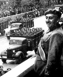 Franco at military parade