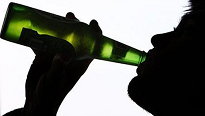 image_of_adolescent_drinking_beer2