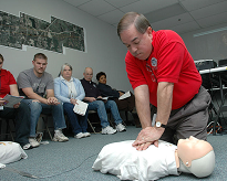 image_of_CPR_training_on_dummy