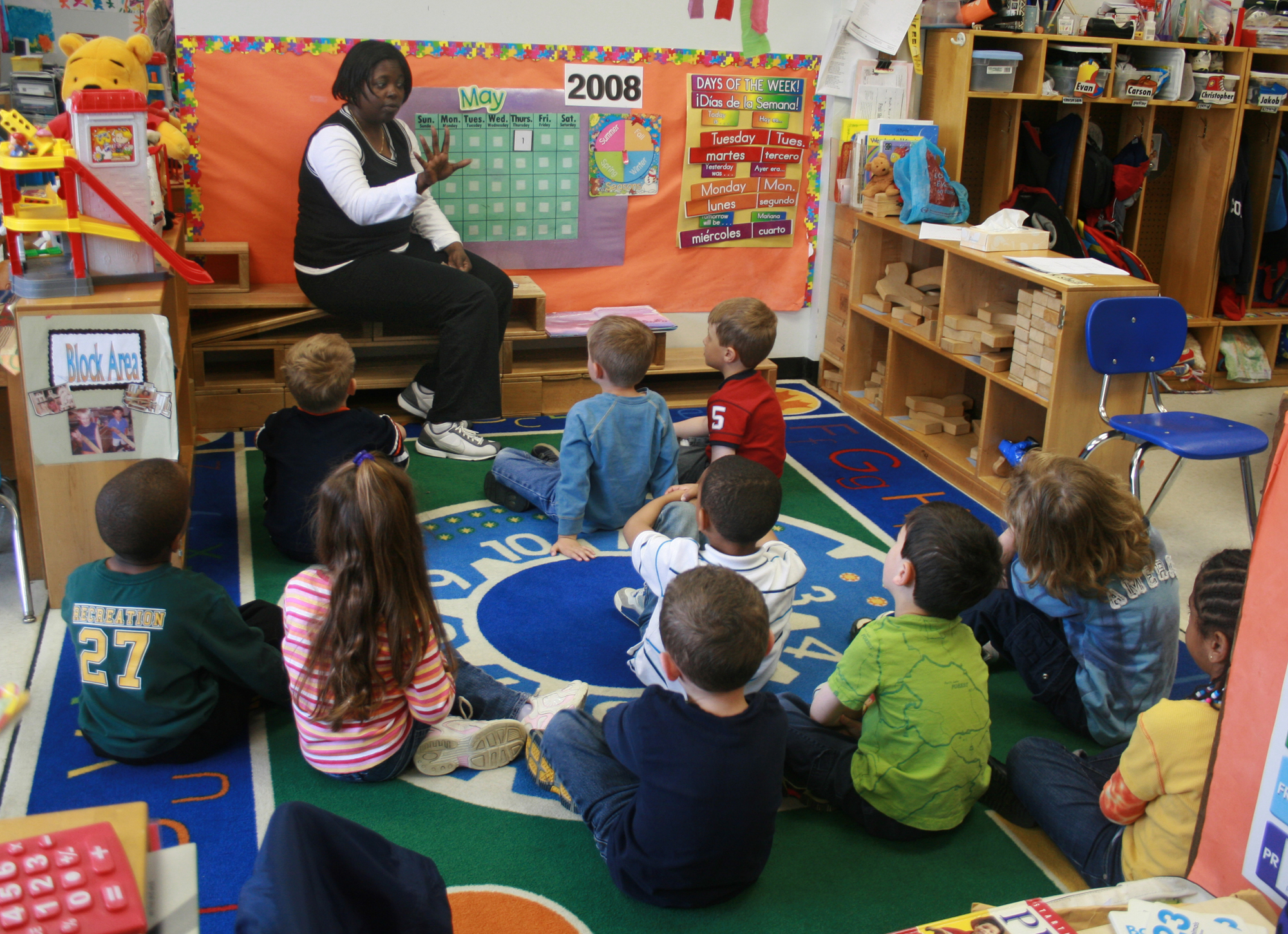 picture of kids in classroom, more affordable course materials