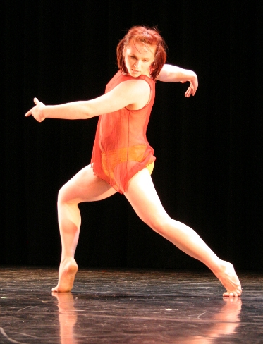 A WWU dance student performing