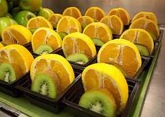 Photo: Oranges and Kiwifruits