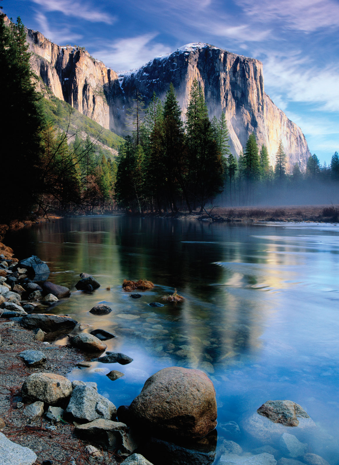 Photo of mountain in Yosemite National Park