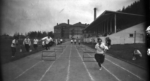 Women's track at Western, 1926