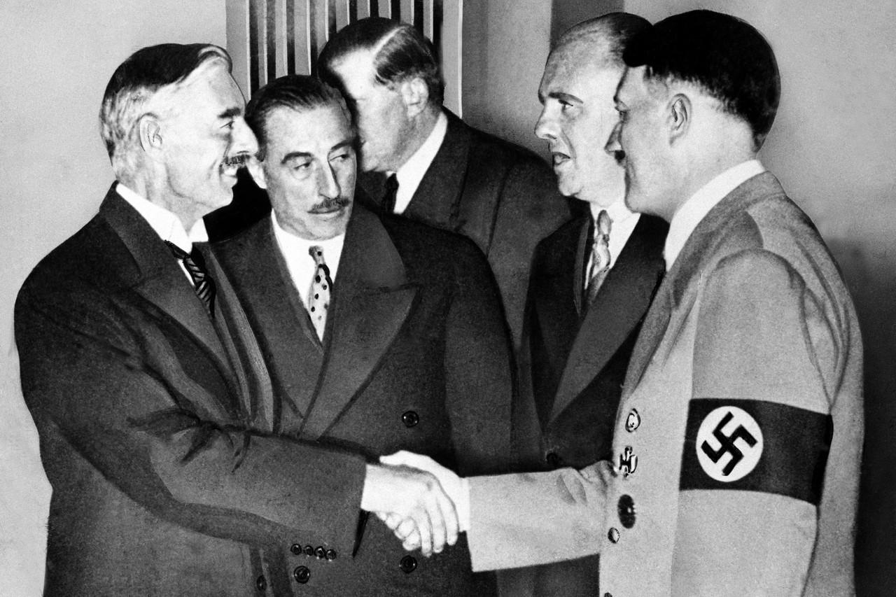 Neville Chamberlain Betrays Czechoslovakia at Munich Conference 1938