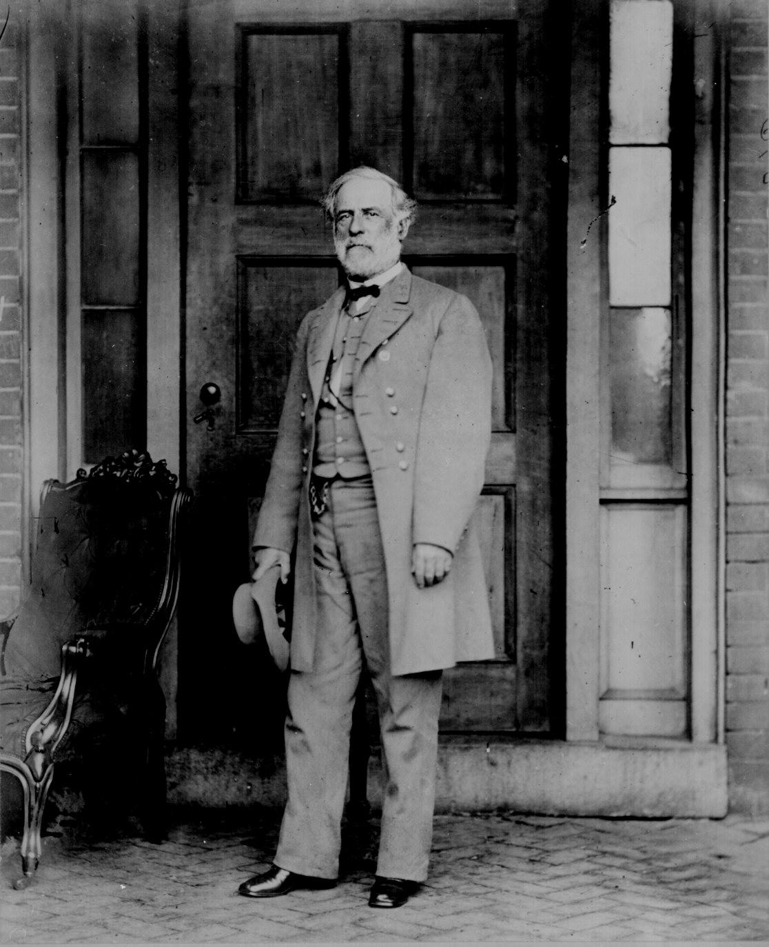 Gen. Robert E Lee April 1865. Photographed by Mathew B. Brady. 111-B-1564.