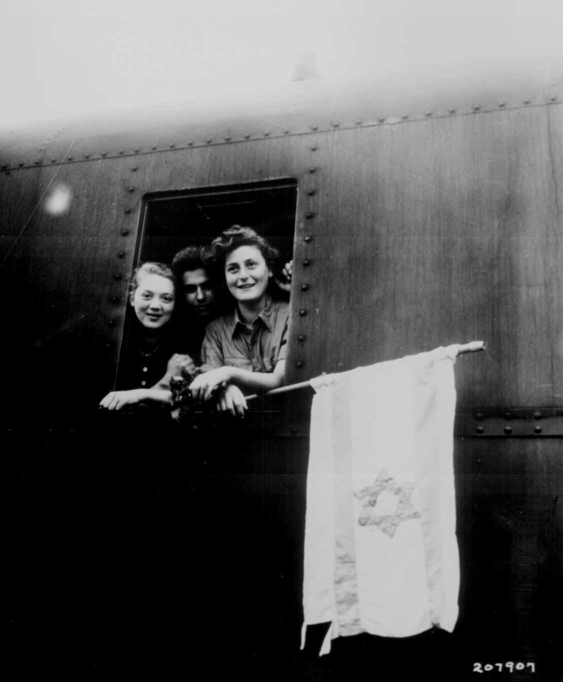 Holocaust Survivors Immigrating to Israel