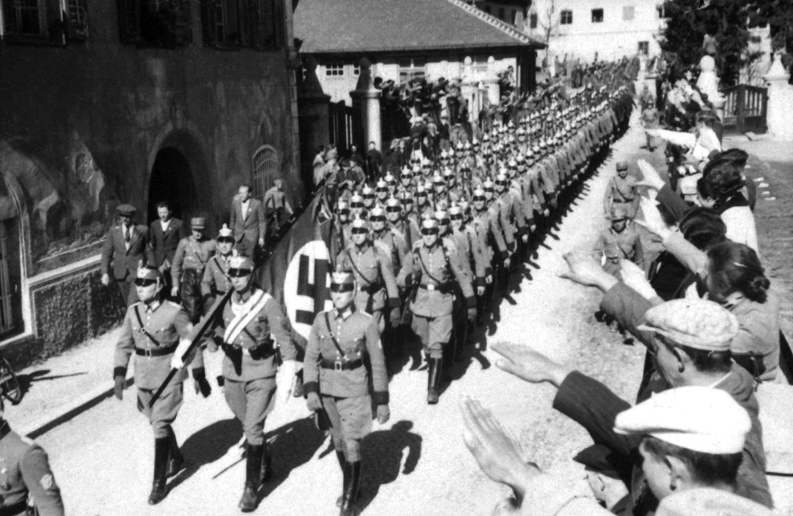 Germans Enter Austria 1938