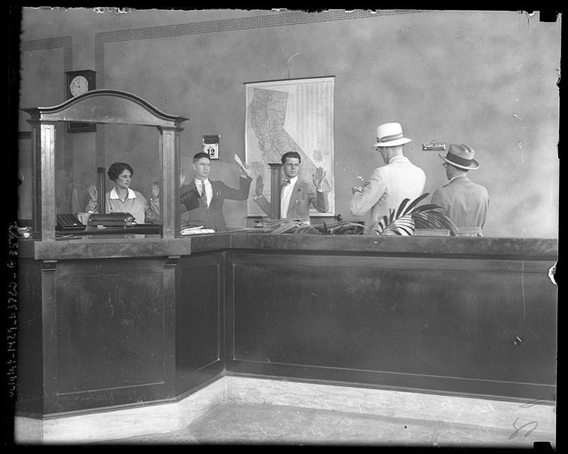 Los Angeles Police Investigate Pacific National Robbery 1928
