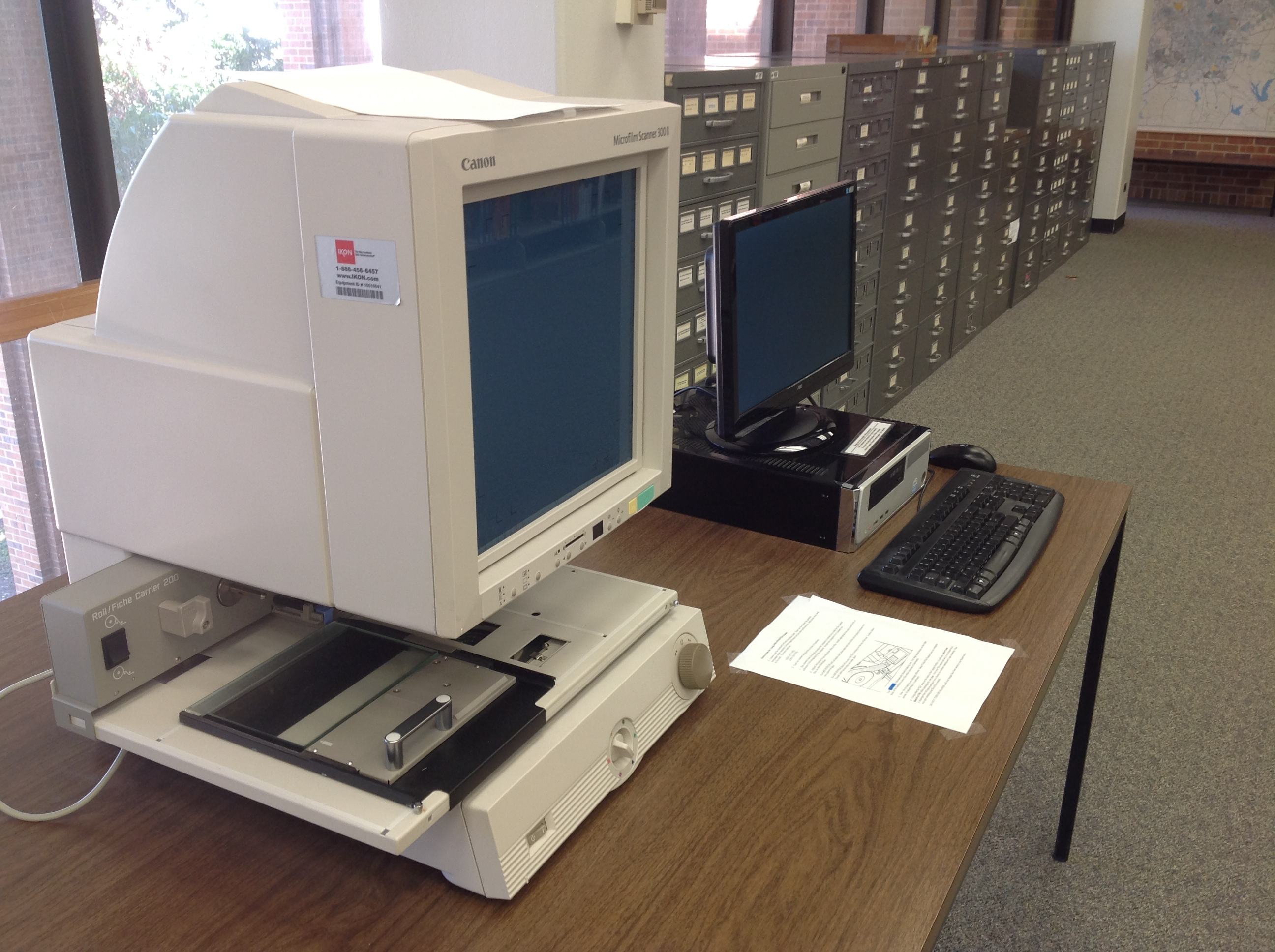 Microform reader/scanner