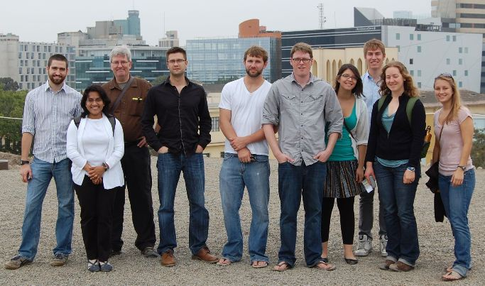 2011 class led by Caroline Chaboo and Steve Goddard, group visiting archeological site (pyramid), Lima Peru.