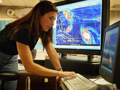 from http://www.climatepedia.org/Meteorologist-Careers