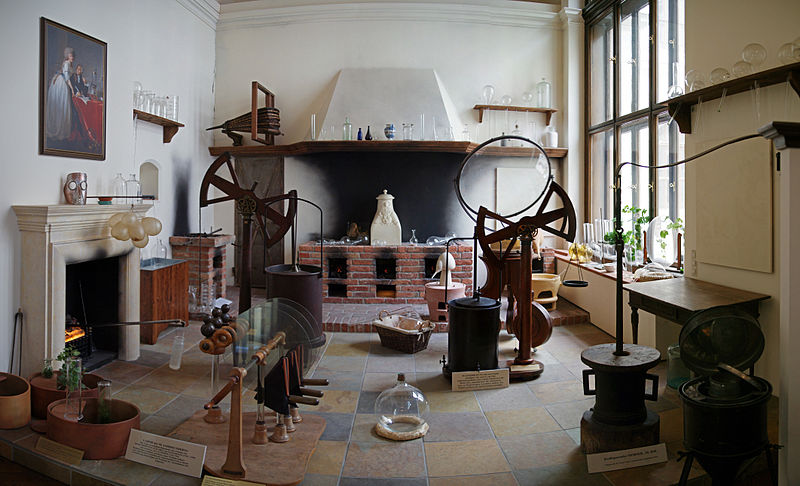 18th Century Chemist's Laboratory