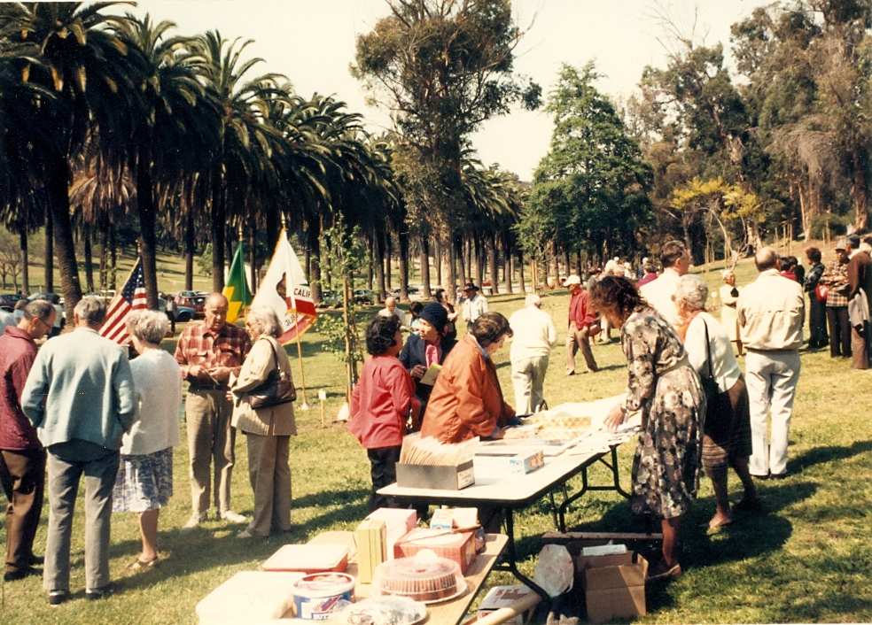 Annual tree planting and dedication at Elysian Park, 1987