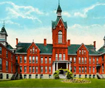 Postcard of the main building of Yale Univeristy
