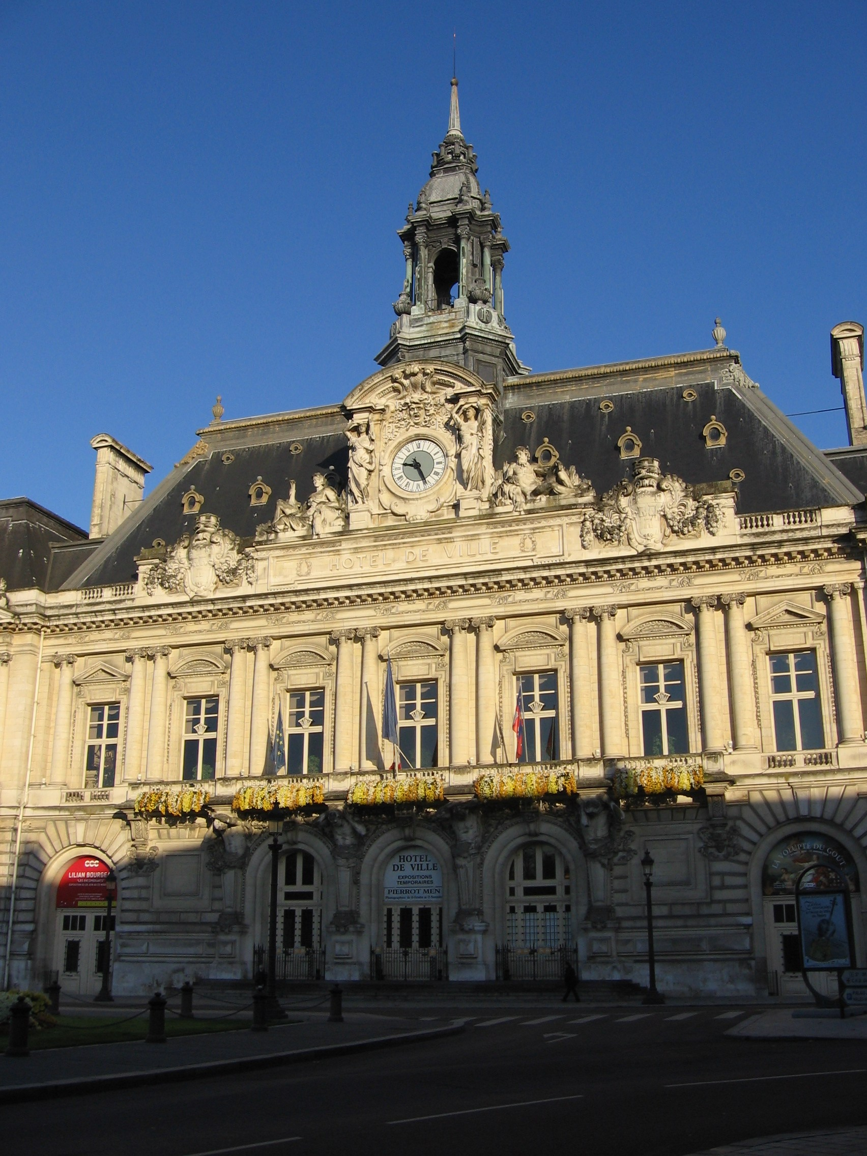 Hotel de Ville in Tours