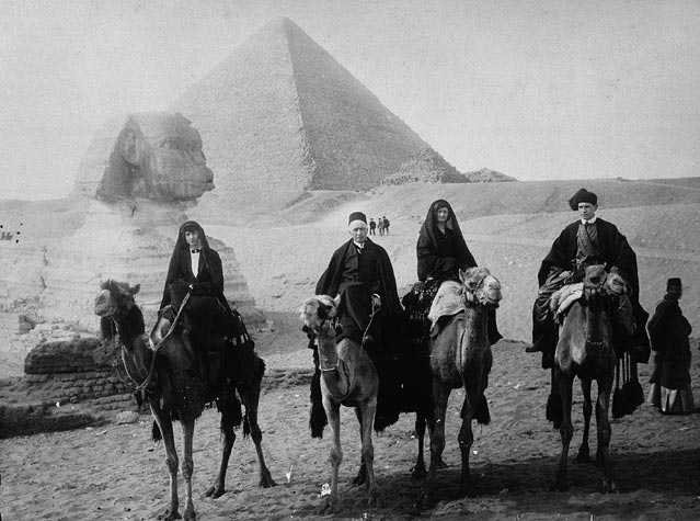 Mrs. and Mr. Arthur Lewis Sifton in Egypt