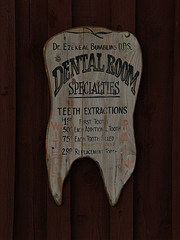 Cheap Dentistry (@ theclyde, flickr commons)
