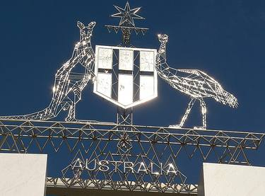 """""""Richard Gifford, 'Australian Coat of Arms' CC Licence: Attribution 2.0 Generic, image source: flickr"""""""