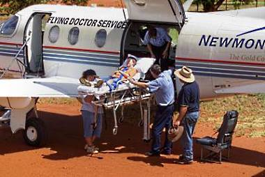 Emergency evacuation from remote property SA [Image source: Royal Flying Doctor Service of Australia, [www.flyingdoctor.org.au]