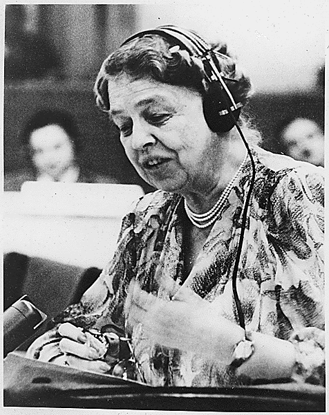 Photograph of Eleanor Roosevelt addressing the United Nations in 1947