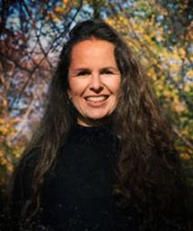 Photo of Johanna Hamilton by Diana Matar