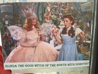 Glinda with Dorothy