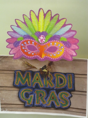 Mardi Gras Sign With Feathered Mask