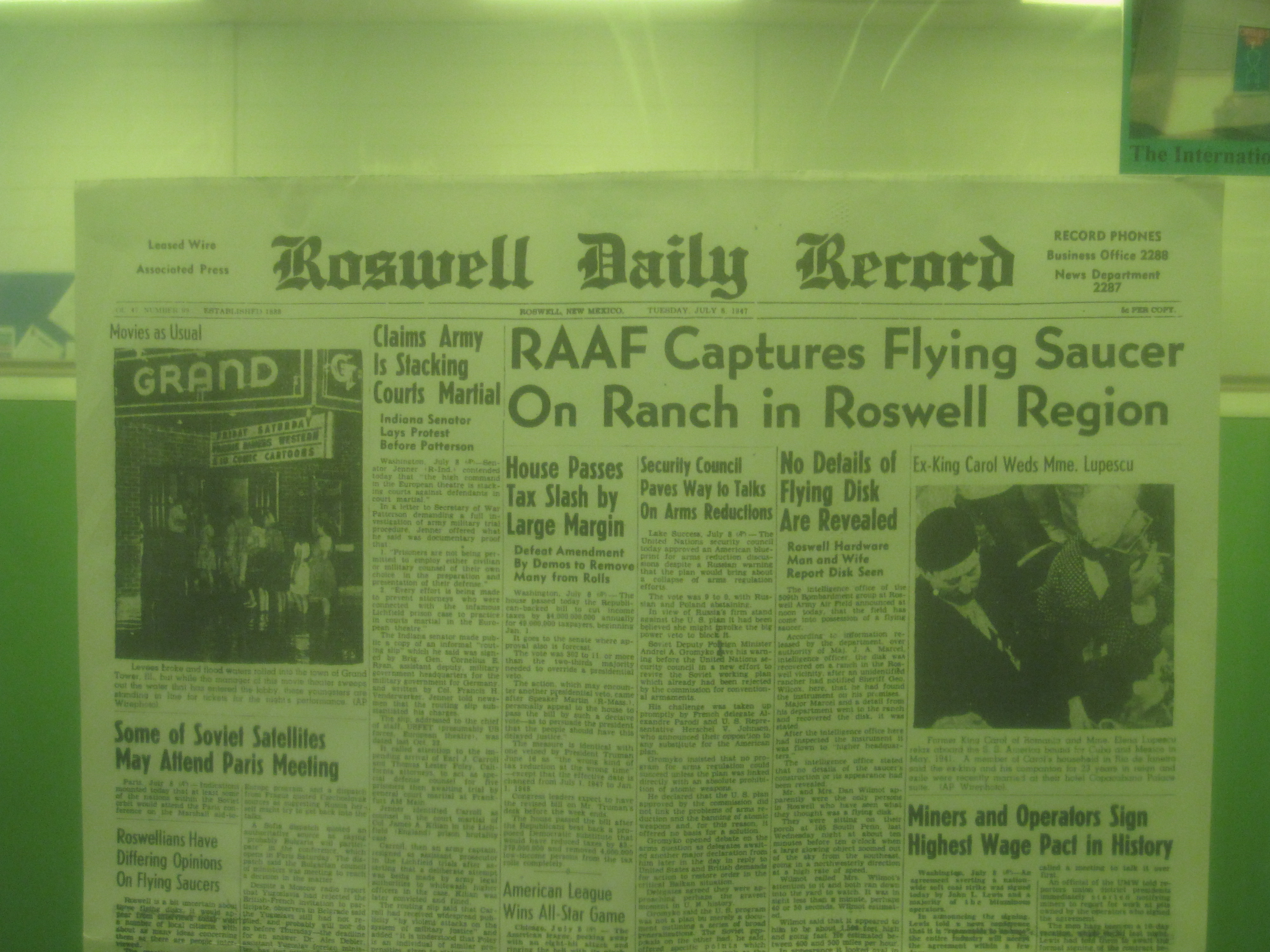 Roswell Daily Record--Tuesday, July 8, 1947.