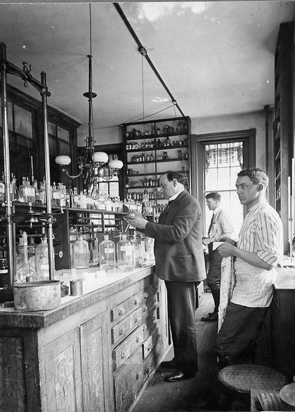http://commons.wikimedia.org/wiki/File:Harvey_W._Wiley_conducting_experiments_in_his_laboratory_-_Flickr_-_USDAgov.jpg