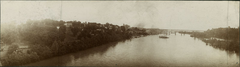 black and white photograph of the Tennessee River