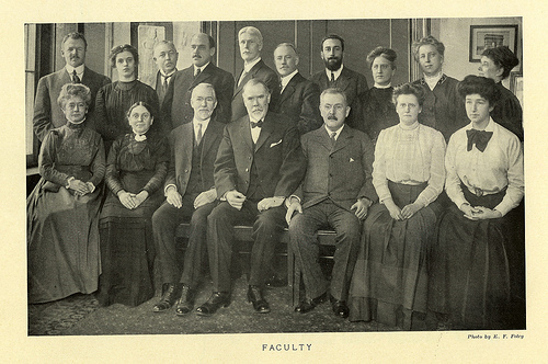 Hunter College Faculty, 1911 / From the Hunter College Archives