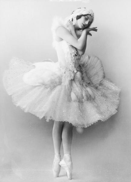 Anna Pavlova, the great Russian ballerina as the Dying Swan (courtesy Wikimedia Commons)