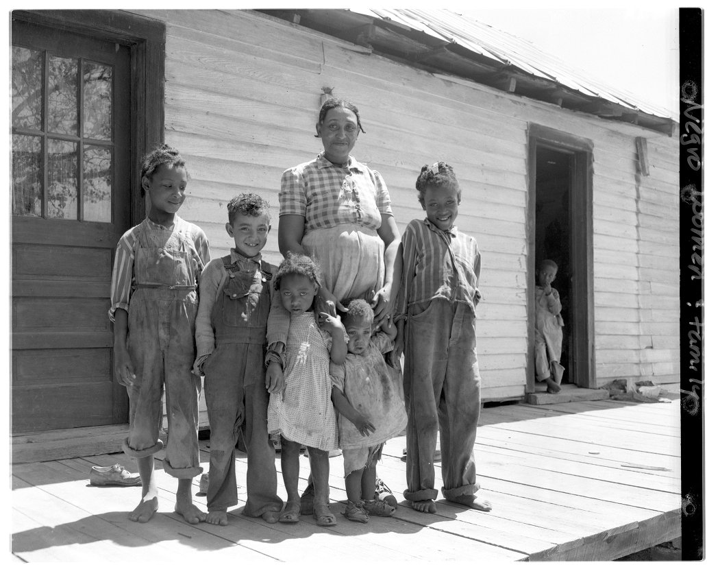 Photo of farm worker family from digital collections