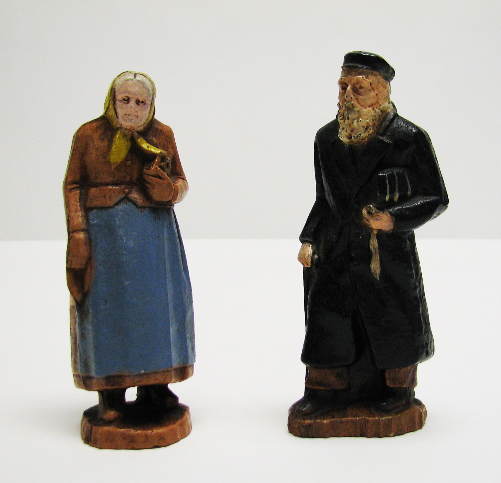 Pair of Figurines