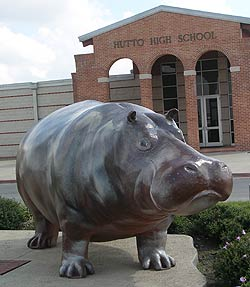 Statue of Henrietta the Hippo