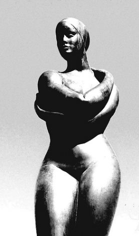 sculpture of female athlete