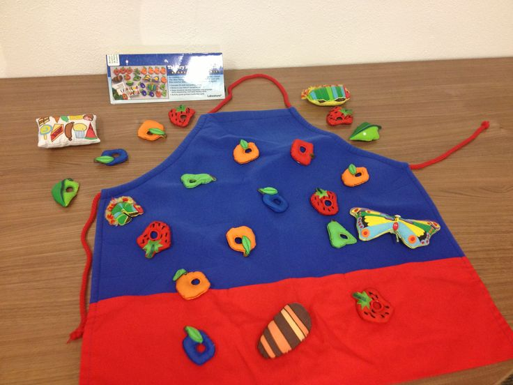 The Very Hungry Caterpillar Storytelling Kit