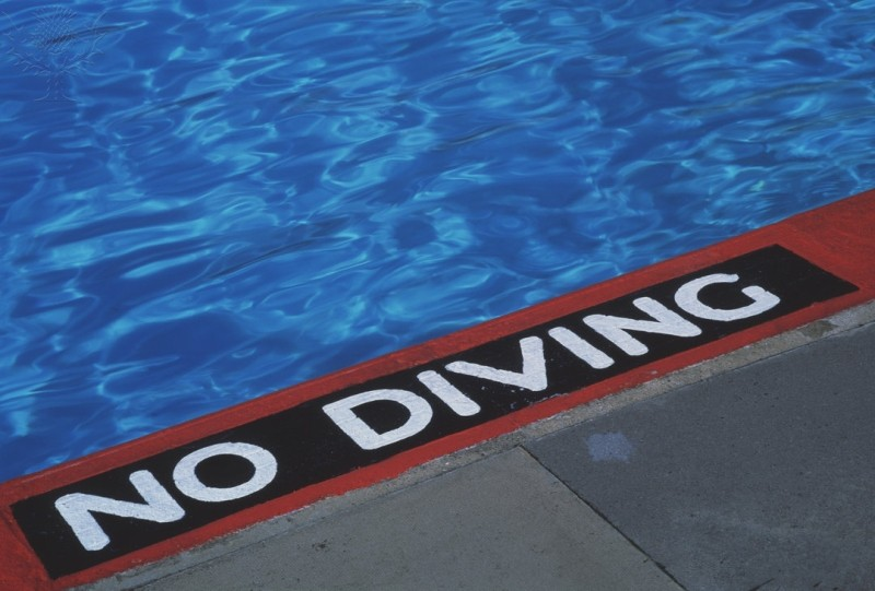 No Diving Sign. Photography. Encyclop&aelig;dia Britannica Image Quest. Web. 10 Apr 2012. http://quest.eb.com/images/132_1301263