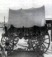 Antique wagon reminiscent of those used on Camino Real