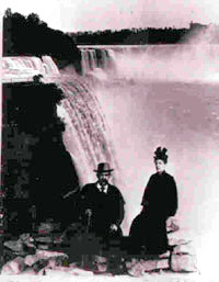 Ernst and Olga Kohlberg at Niagara Falls in 1892