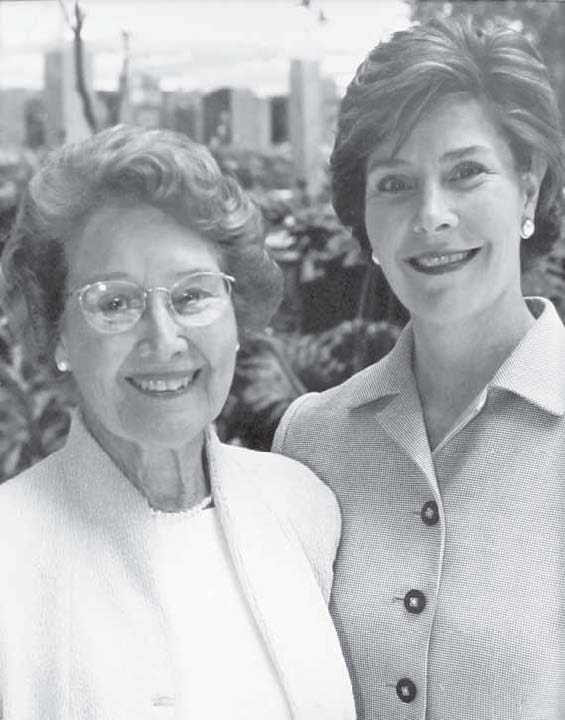 Jenna Welch and Laura Bush