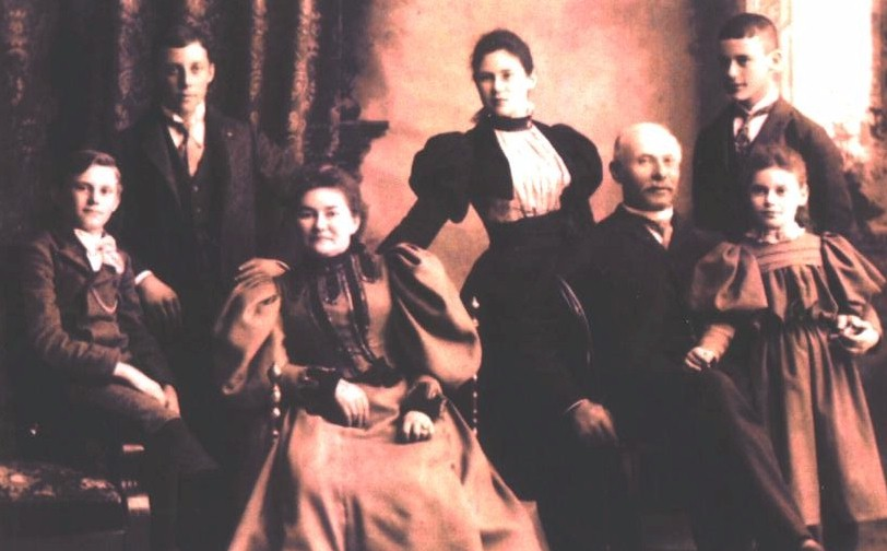 solomon Schutz and family