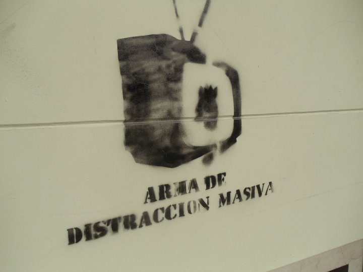 """Arma de distracción masiva,"" Santiago, Chile (July 2011). Source: Lisa Gardinier."