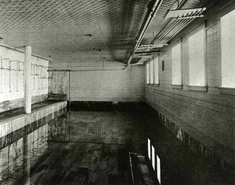 tem 10: The Plunge, Swimming Pool, about 1907